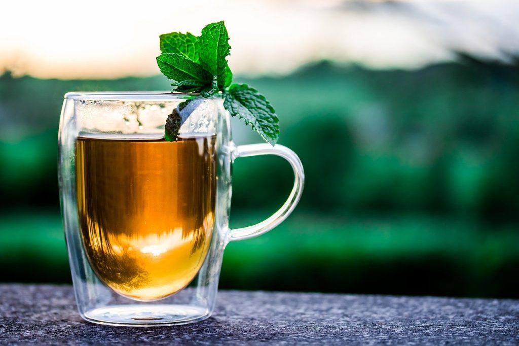 לפתוח את הבוקר עם כוס תה ירוק